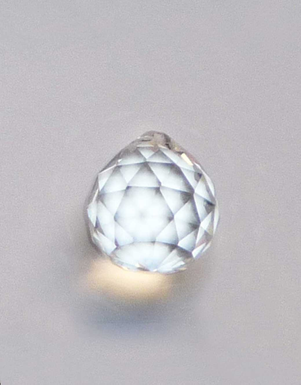Kristalna-fasetirana-kuglica-20-mm