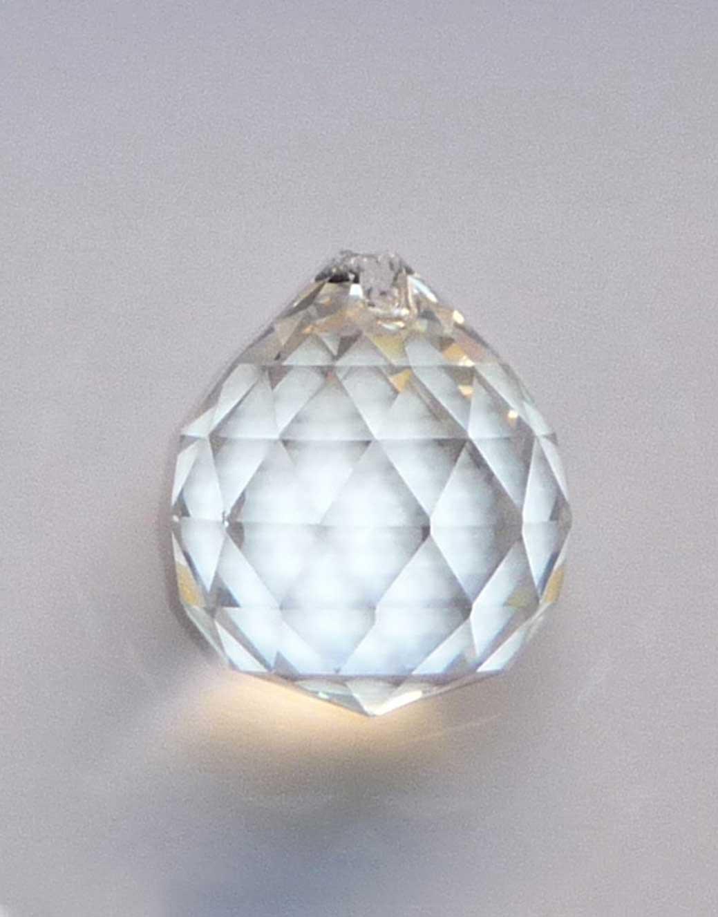 Kristalna-fasetirana-kuglica-30mm